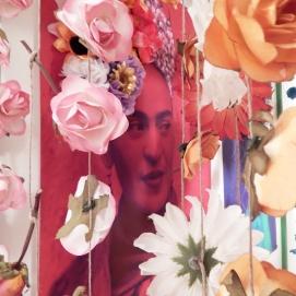 Frida en el Jardin